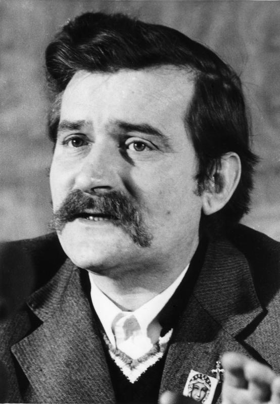 Lech Wałęsa Biografia Książki Ciekawostki I życiorys