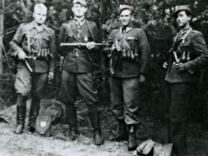 Żołnierzami Wyklętymi
