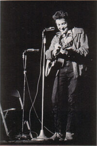 320px-Bob_Dylan_in_November_1963