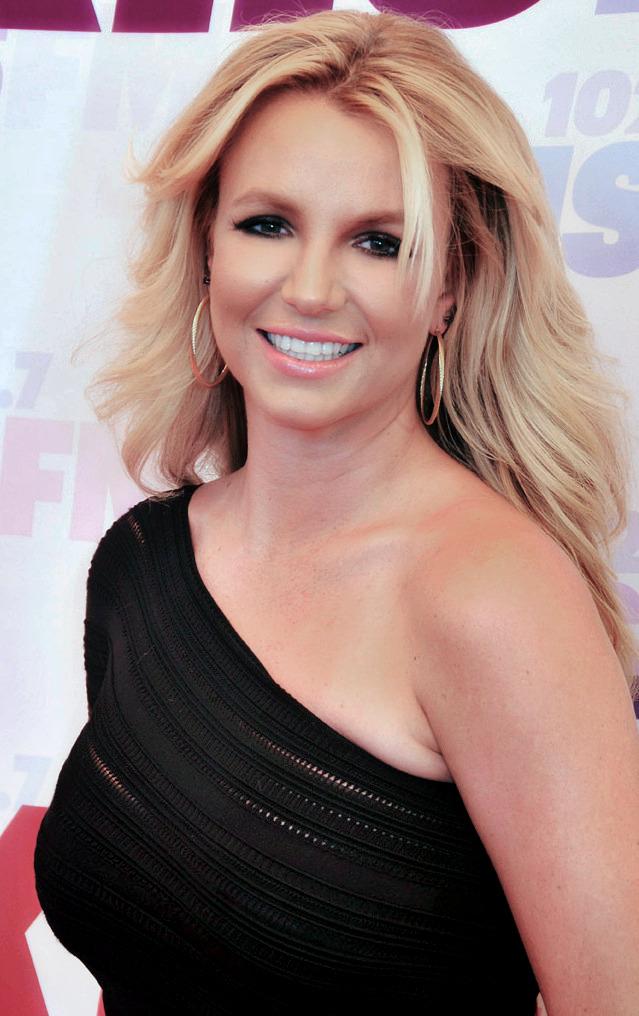Britney Spears pochodzi z 2013 roku
